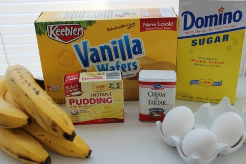 Ingredients for banana pudding in a jar.