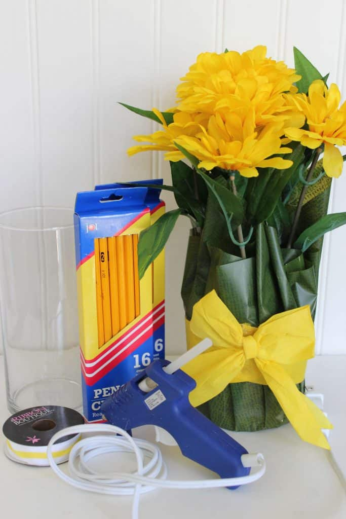 Supplies needed for Teacher Appreciation Gift Pencil Vase