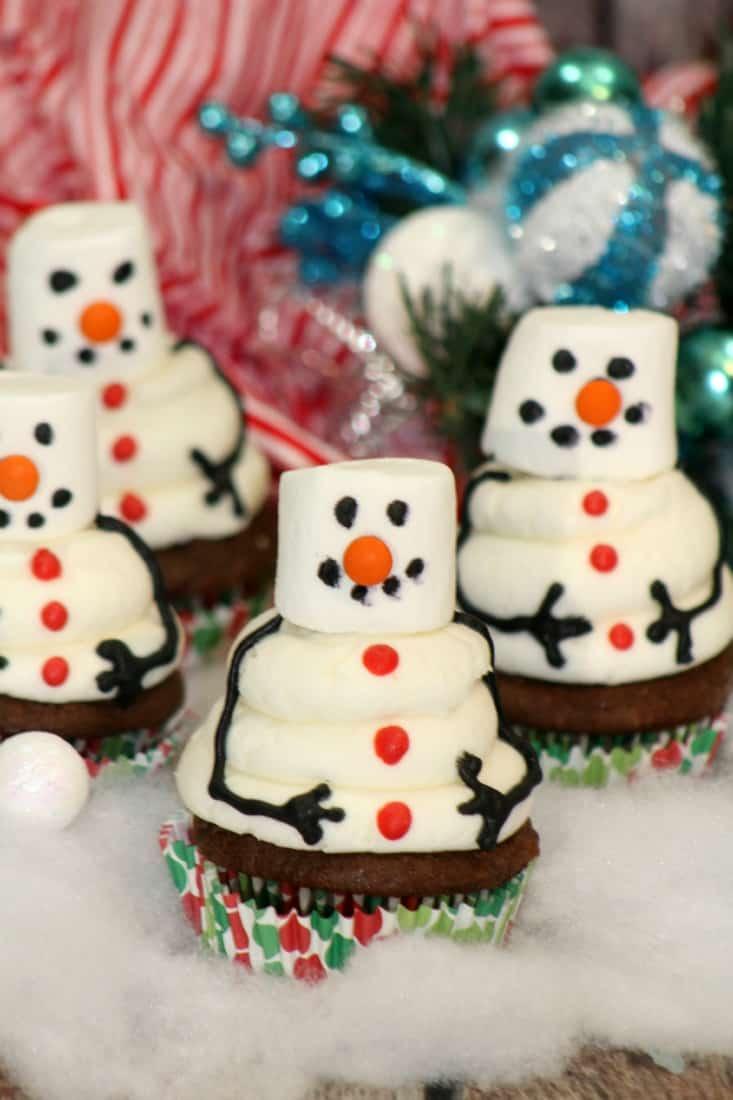 Snowman Cupcake 6-1