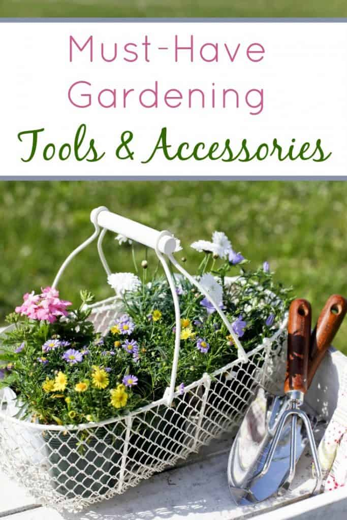 Small space gardening 20 great ideas proverbial homemaker for Gardening tools you must have