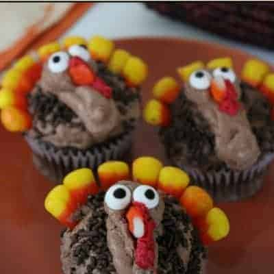Turkey Thanksgiving cupcakes.
