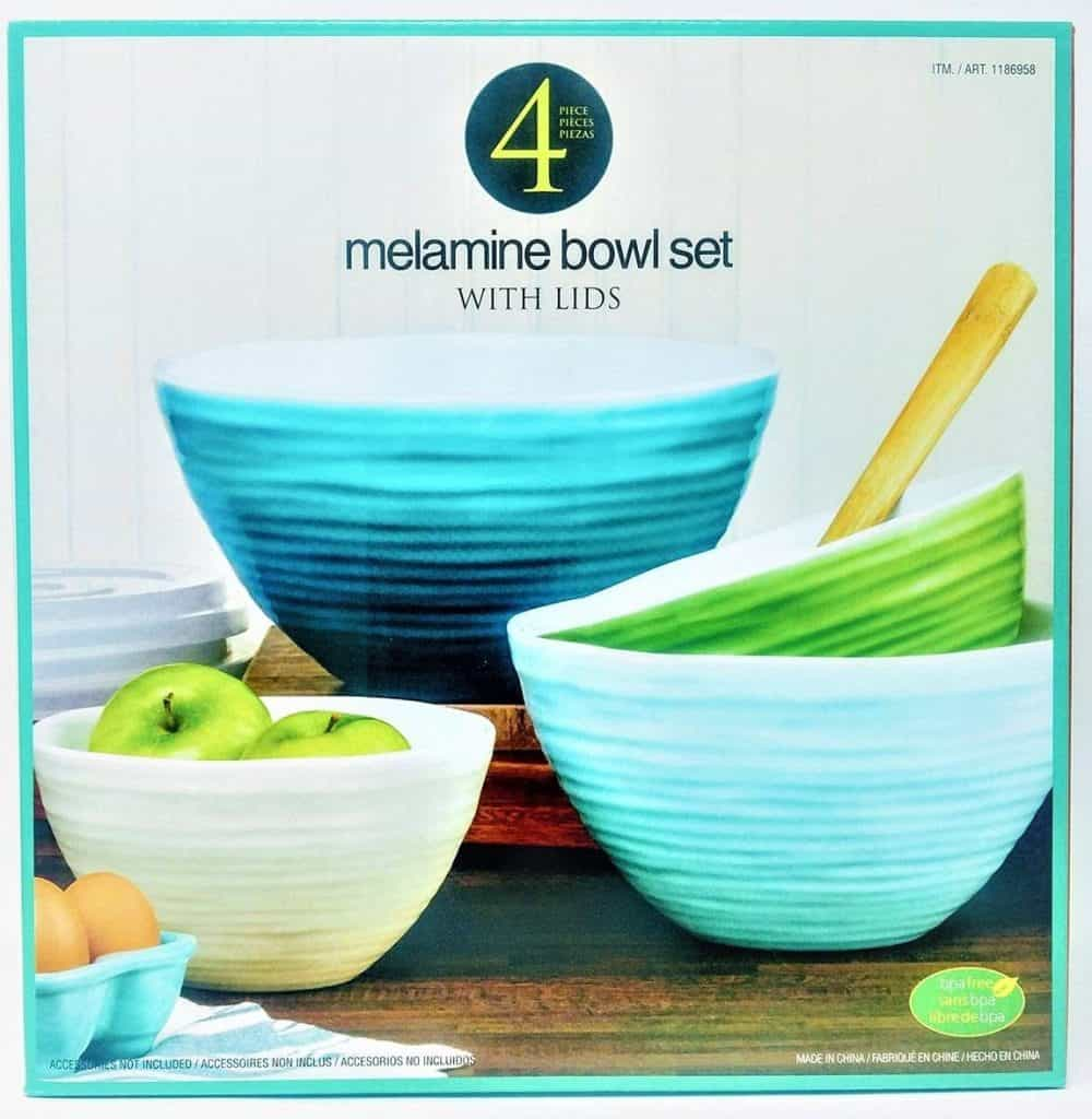 Melamine bowl set with lids, set of 4.