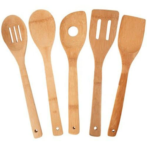 5-piece bamboo utensil set.