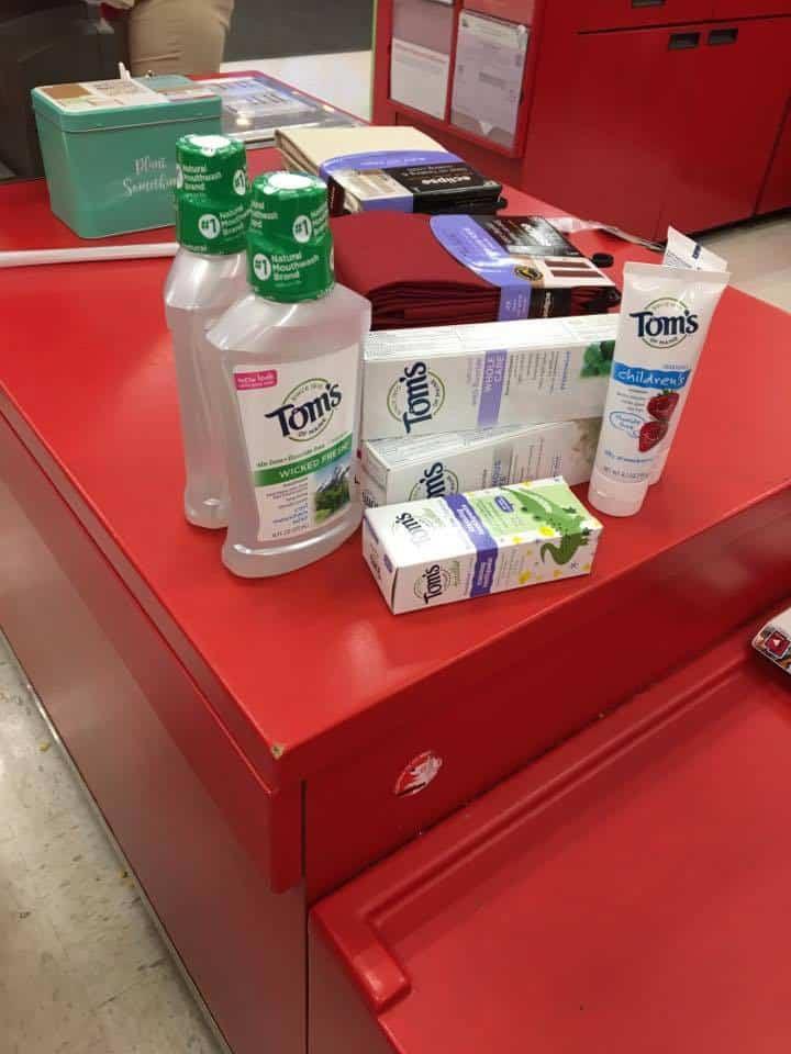 Tom products to make birdfeeder.