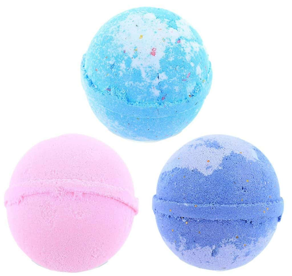 Lulu bath bomb gift set.