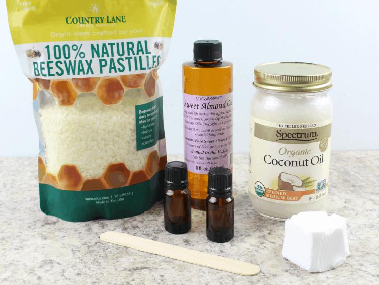 Ingredients for DIY Cuticle Softener Cream.