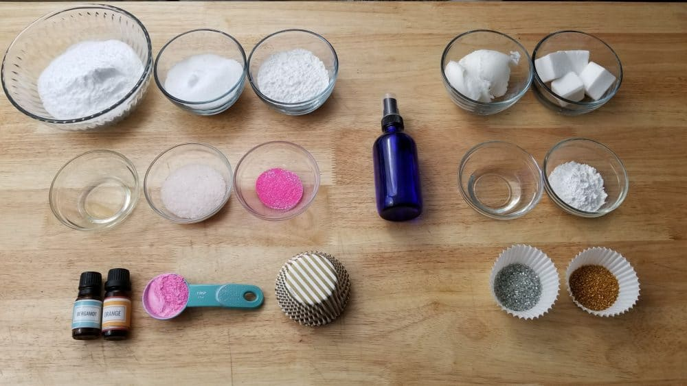 Ingredients to make bath bombs. Where can i buy bath bomb molds?