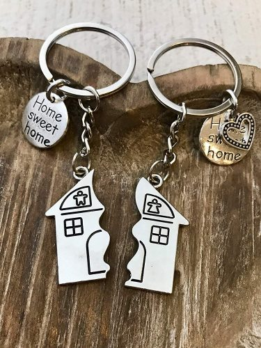 Couples homeowner keychain. The Best Gifts for New Homeowners