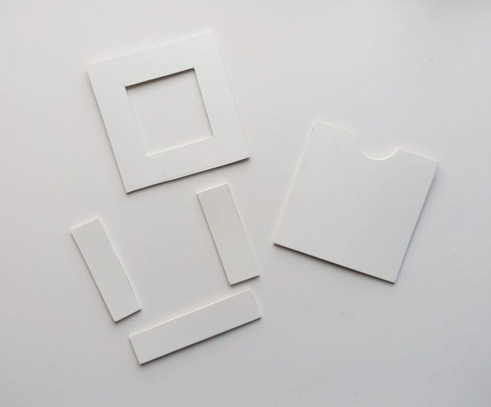 How to make paper heart frames.