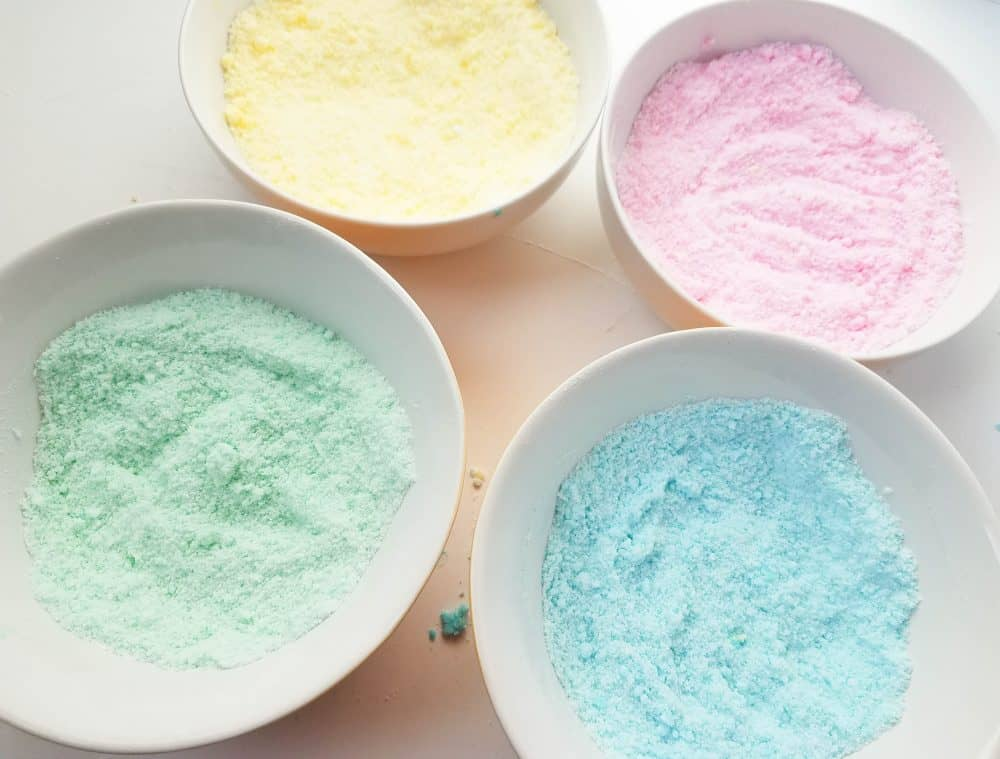 easy bath bomb recipe with Easter colors.