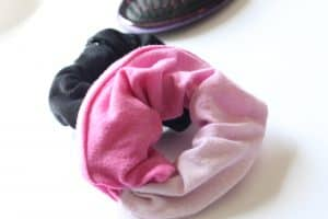 how to make scrunchies hair tie