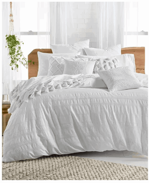 Macy\'s designer bedding collections Black Friday sale.