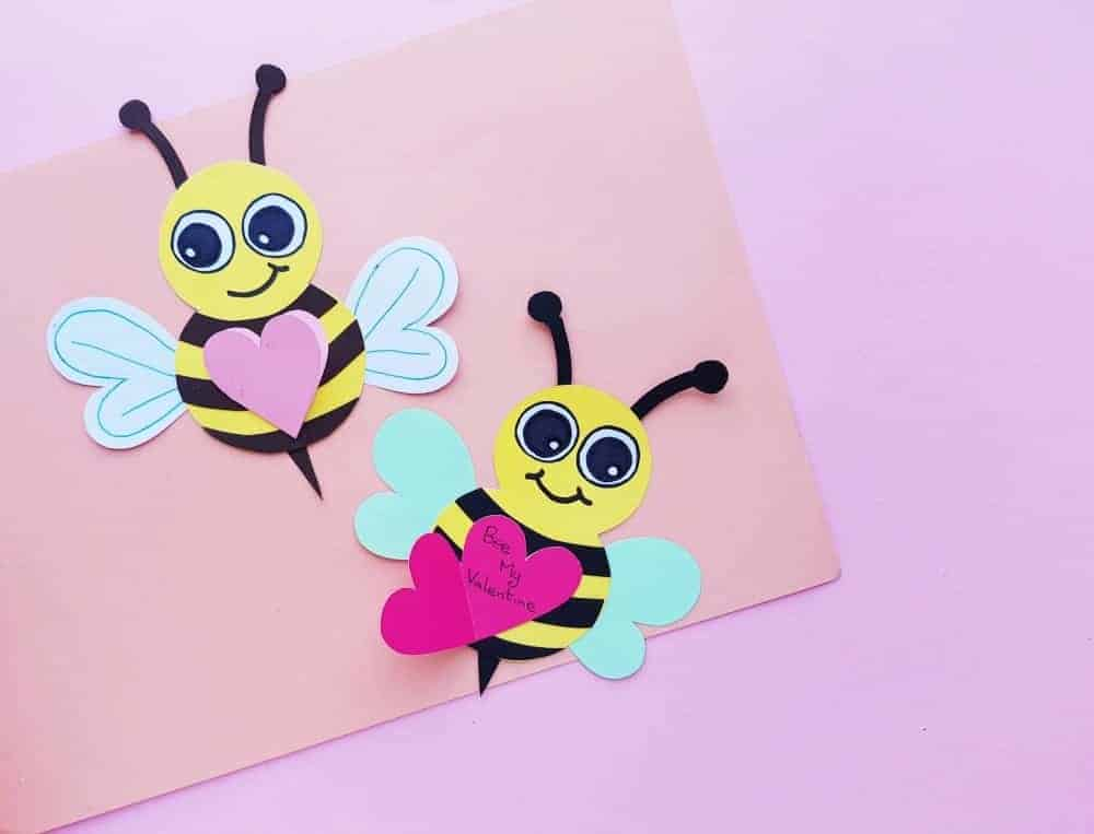 Two cute paper bee cards with hearts