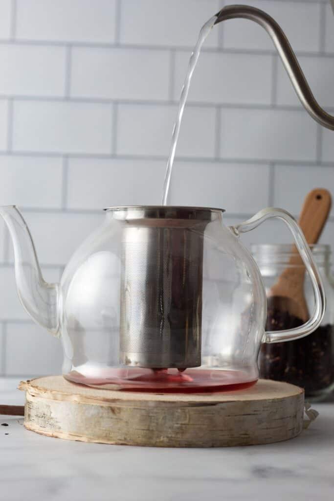 making hibiscus rosehip tea
