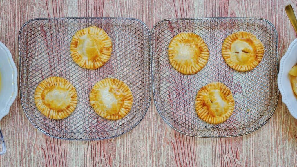 cooked apple pie
